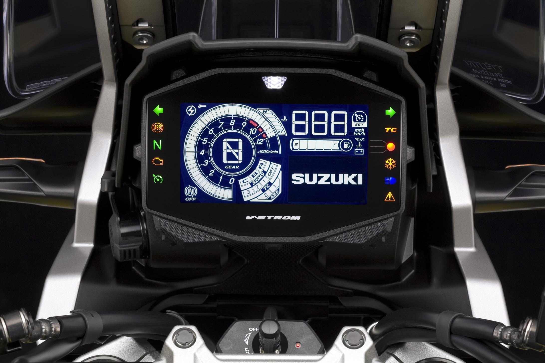Painel de instrumentos 100% de LCD é uma das novidades danova geração da V-Strom