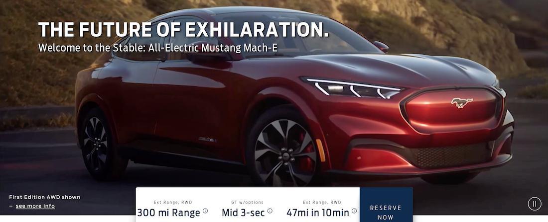 """Mustang Mach E terá design inspirado no muscle car, mas frente """"fechada"""" sem grade por ser elétrico"""