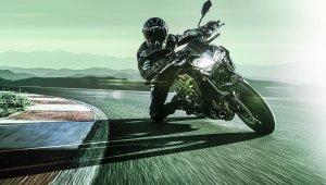 Kawasaki Z900 2021 Movimento 03