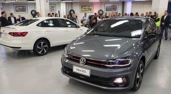 Polo e Virtus GTS na fábrica da Volks