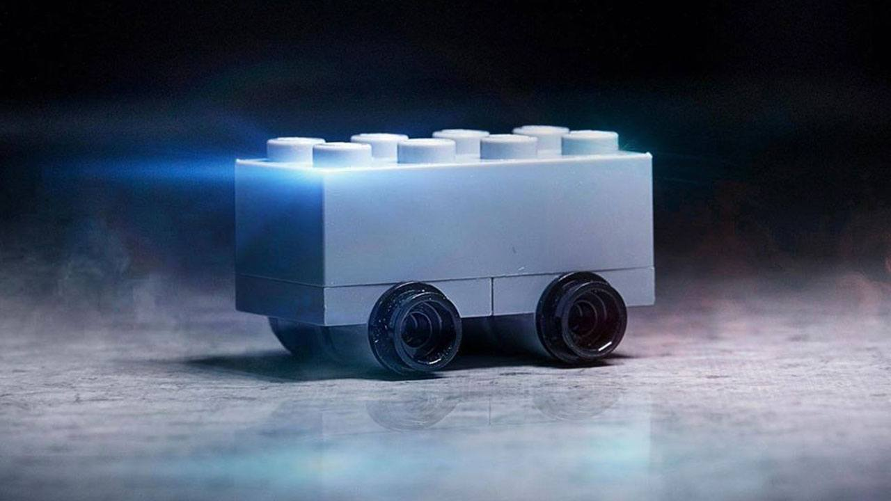 Lego Tesla B9