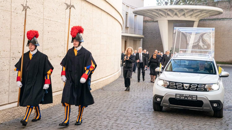 Dacia Duster 4x4 Vatican City