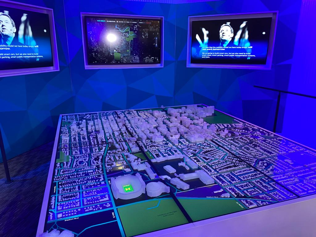 Maquete de uma cidade na CES 2020 mostra como funciona o projeto que mapeia acidentes usando dados