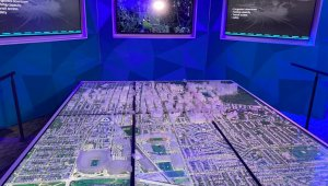 Maquete de cidade mostra como funciona o projeto da Ford que mapeia e usa dados para ver onde há mais acidentes