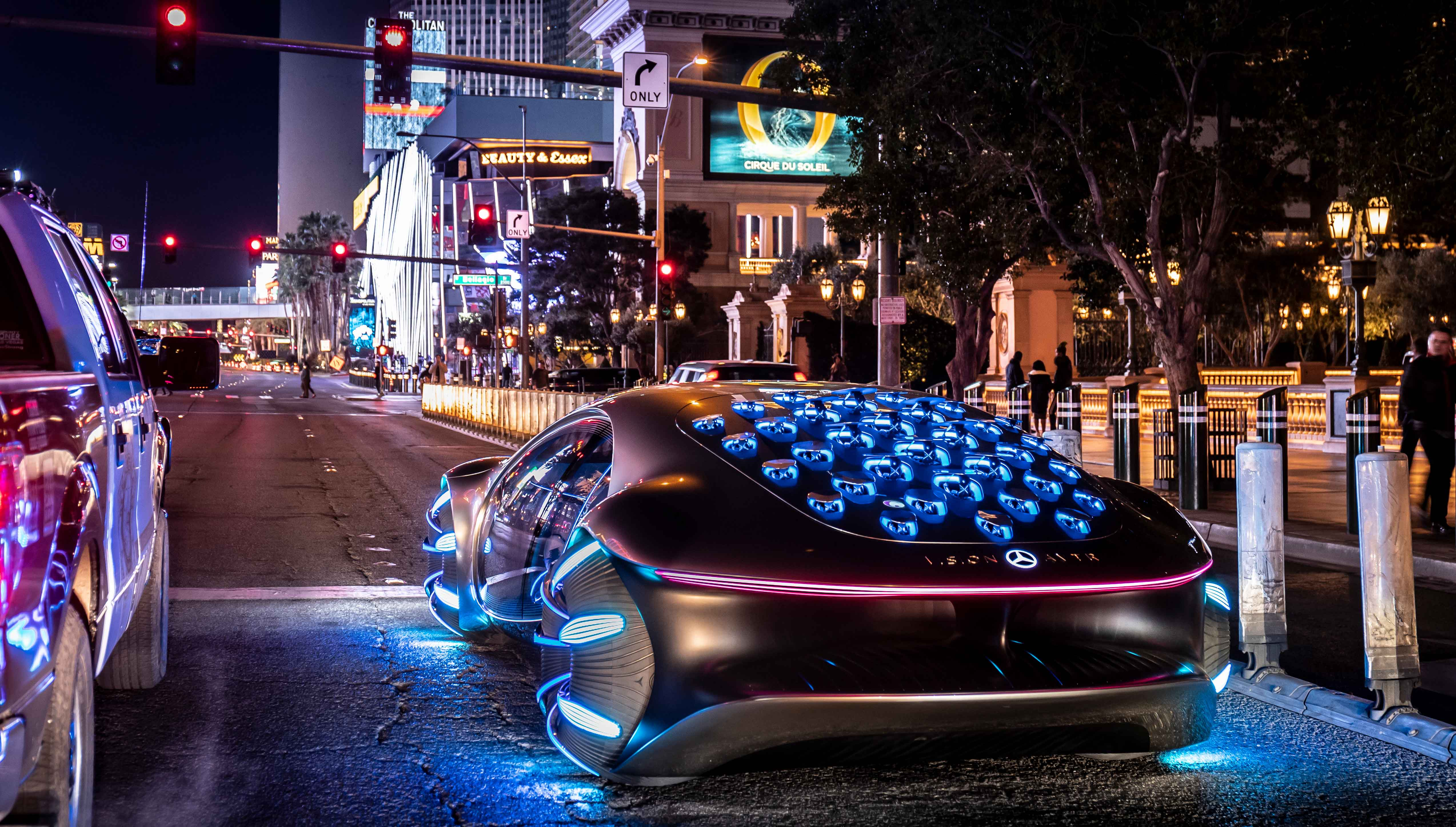 Vision AVTR rodando em Las Vegas