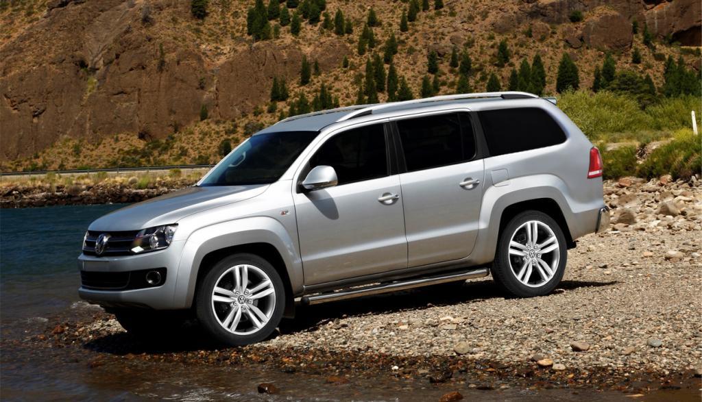 Imagem mostra projeção de um SUV baseado na picape Amarok da Volkswagen na cor prata
