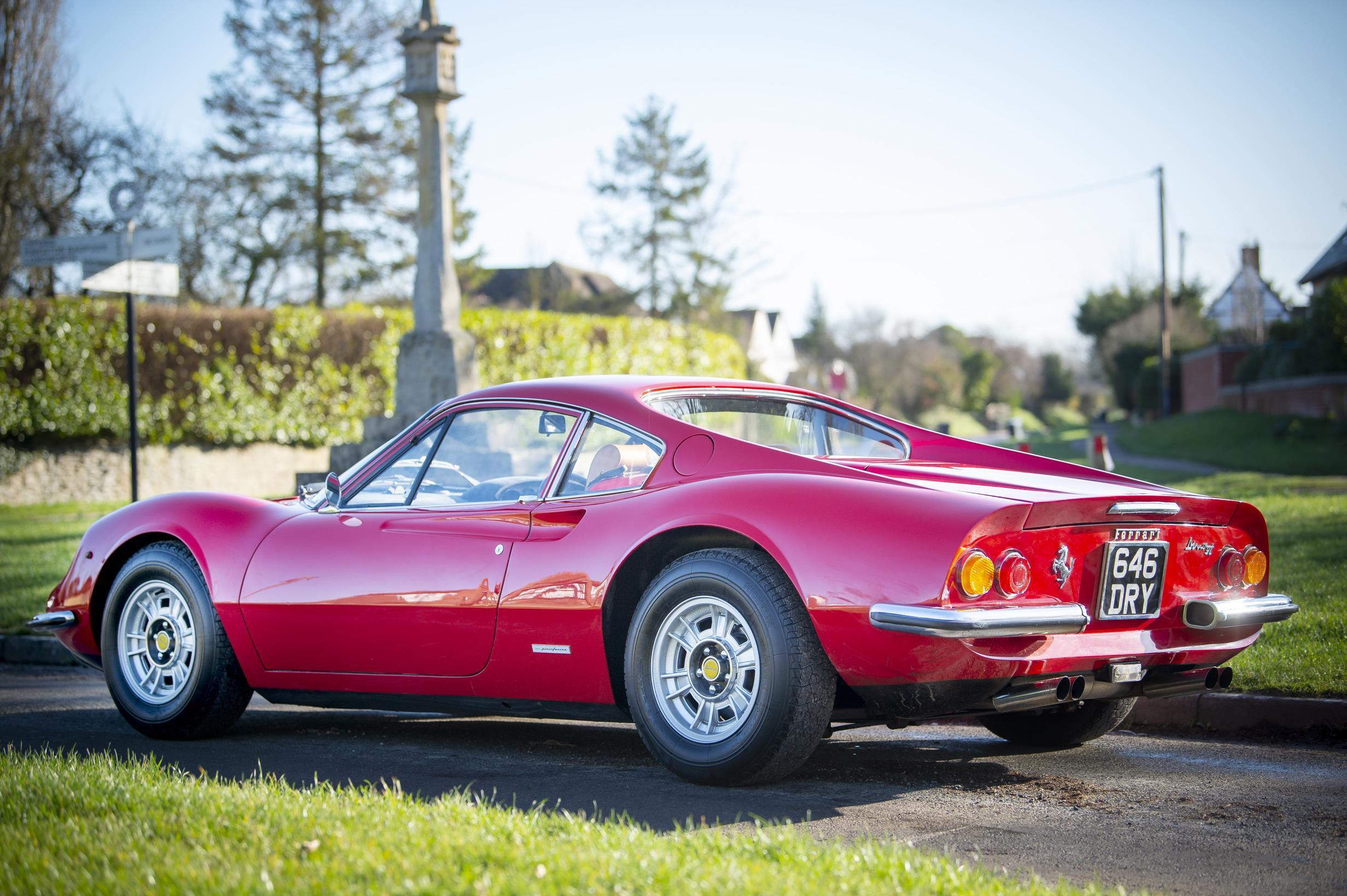 Ferrari Dino pertenceu a um homem entre 1992 e 1997. Ele comprou o mesmo carro em 2016