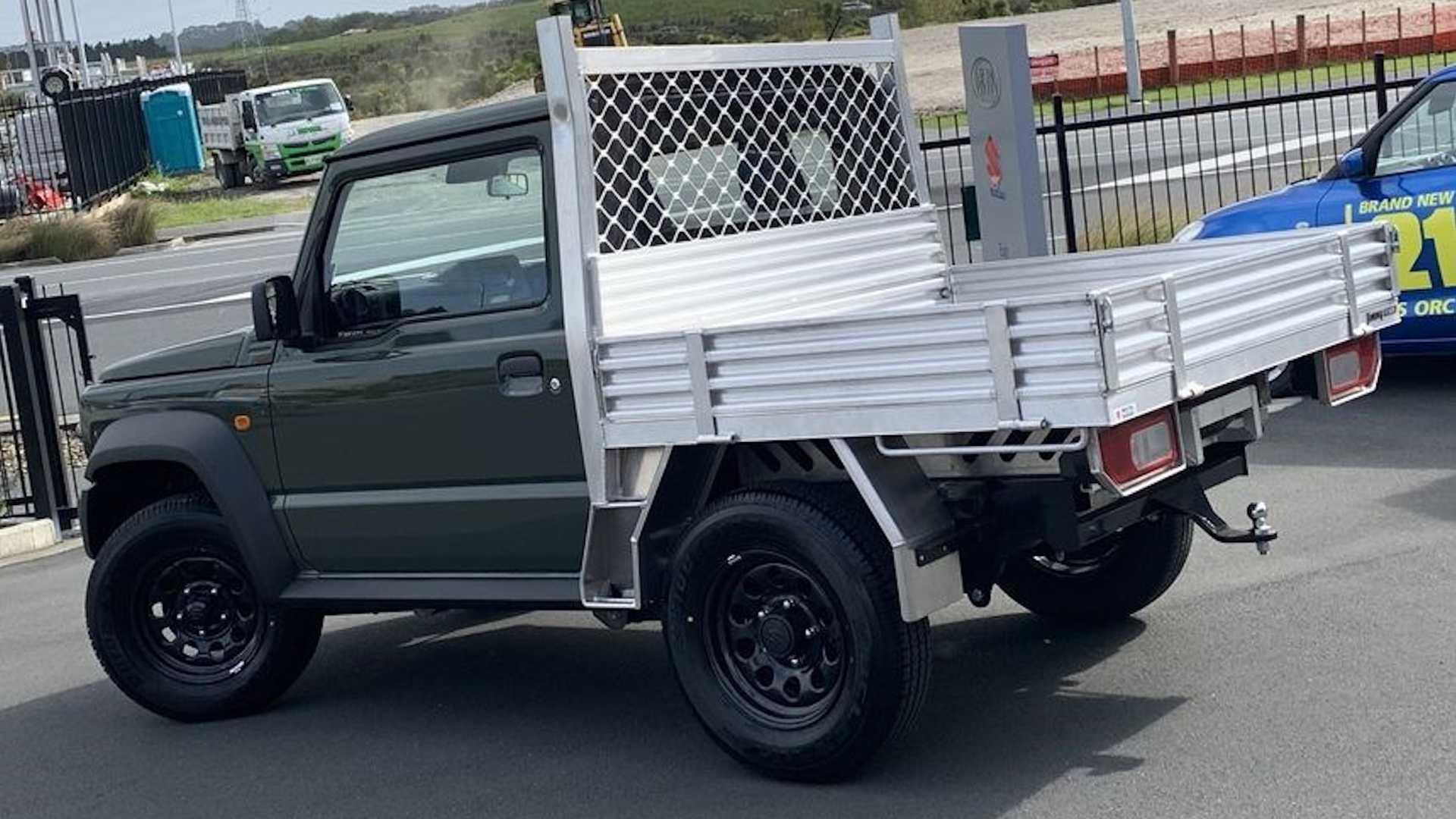 Suzuki Dealer Selling Adorable Jimny Trucks 4