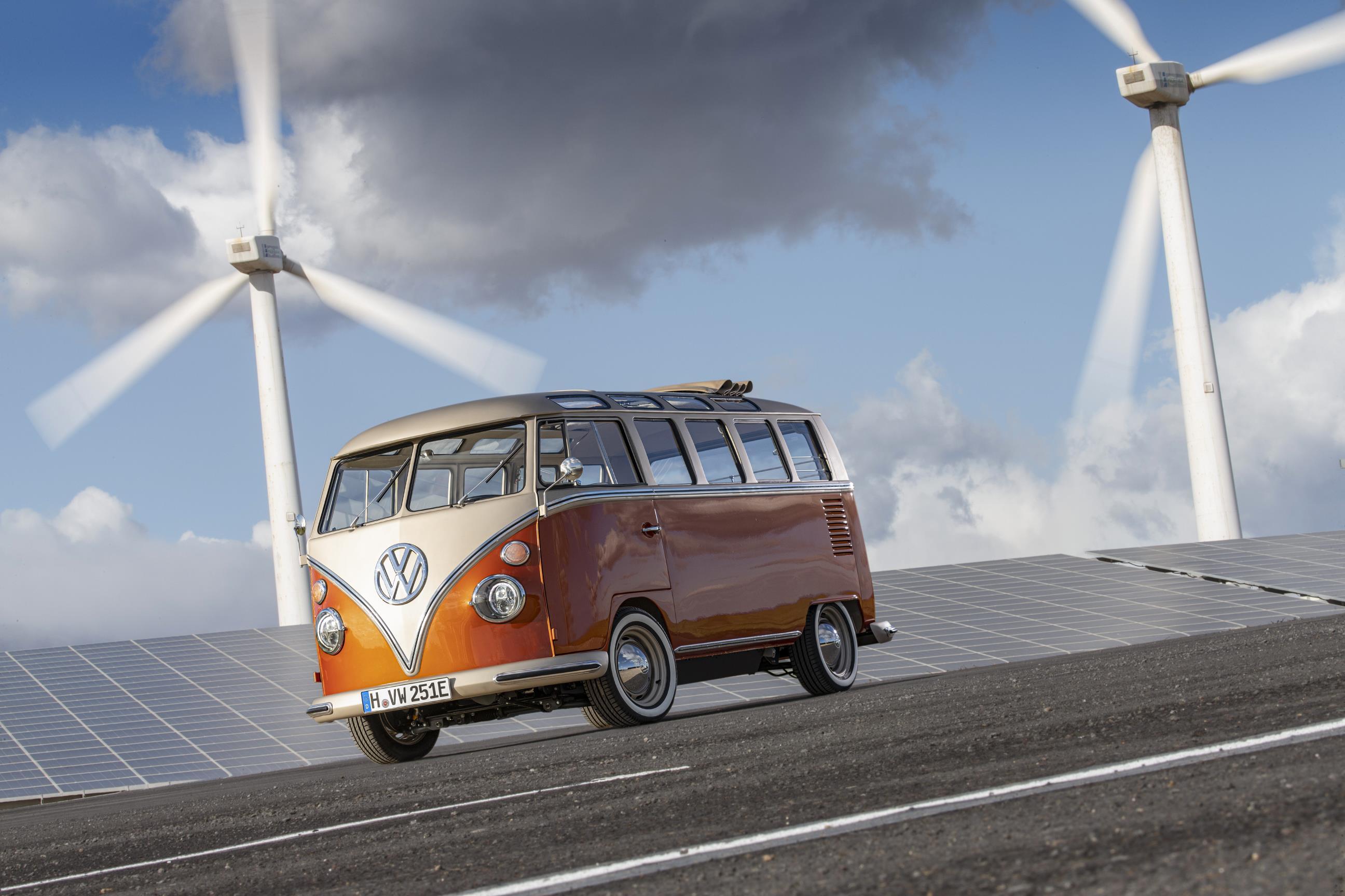 Volkswagen Kombi corujinha elétrica - e-Bulli
