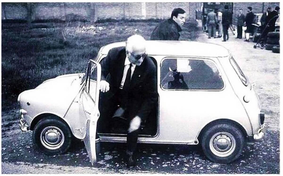 Enzo Ferrari Mini Cooper 00