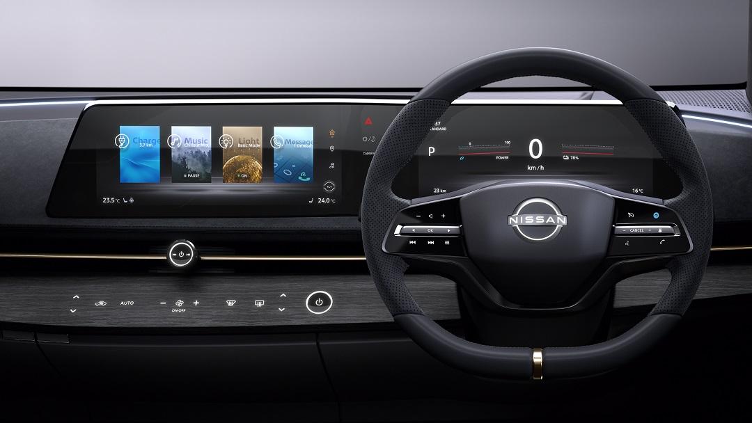Nova tela curva do Ariya Concept promete ter espaço em todos os carros da Nissan futuramente
