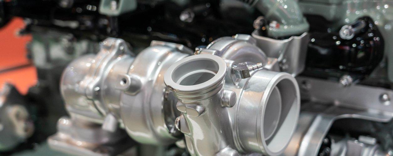 Motor com turbocompressor