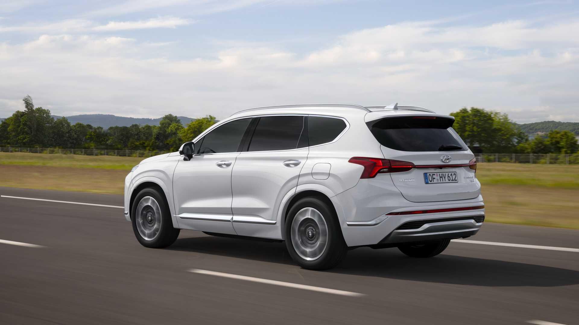 Hyundai Santa Fe 2021 Traseira