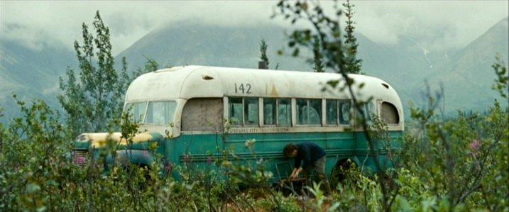 Ônibus International Harvester K 5 1946 Em Cena De Na Natureza Selvagem