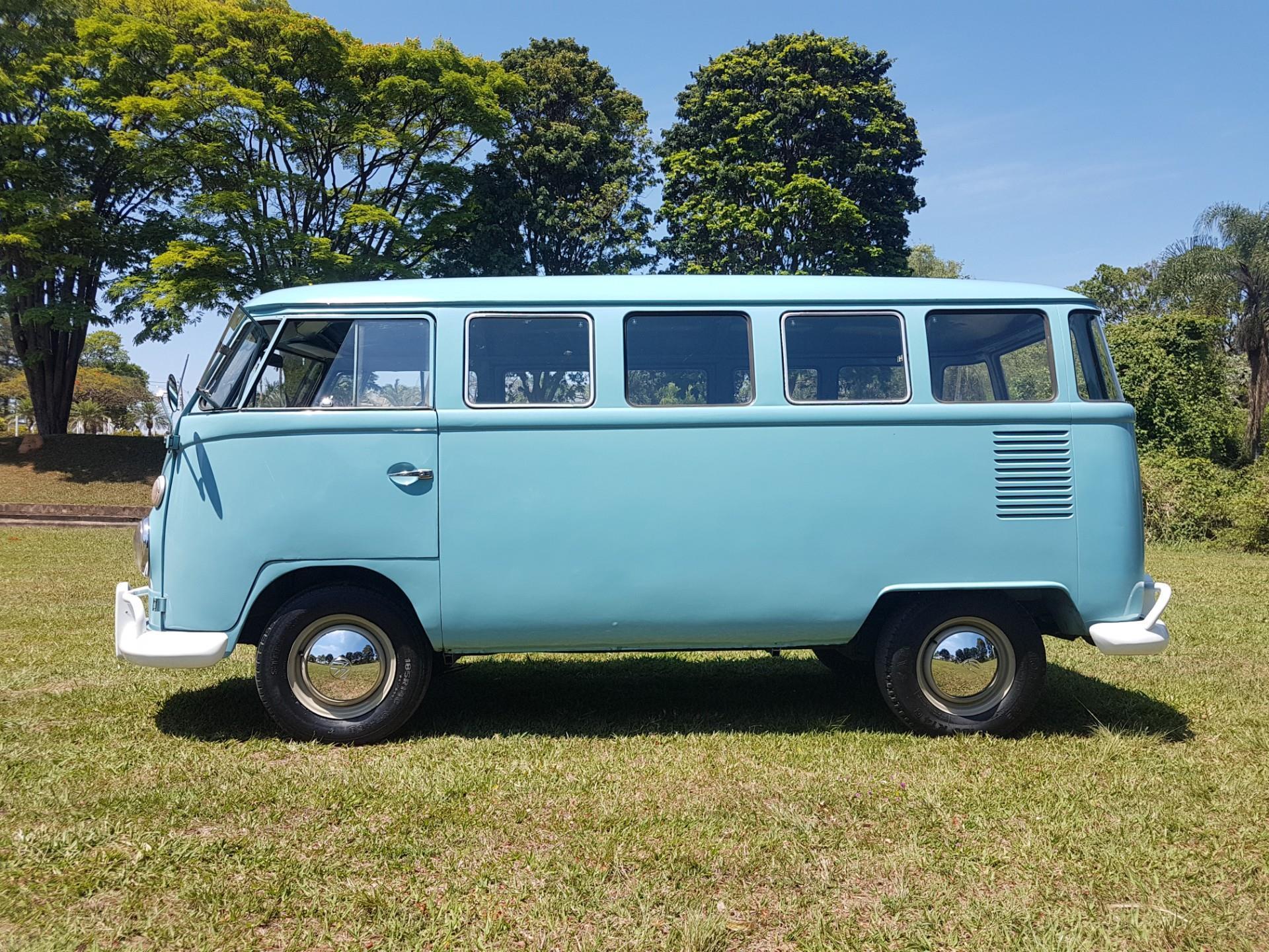 Volkswagen Kombi 1.5 Luxo 8v Gasolina 3p Manual Wmimagem18250938518