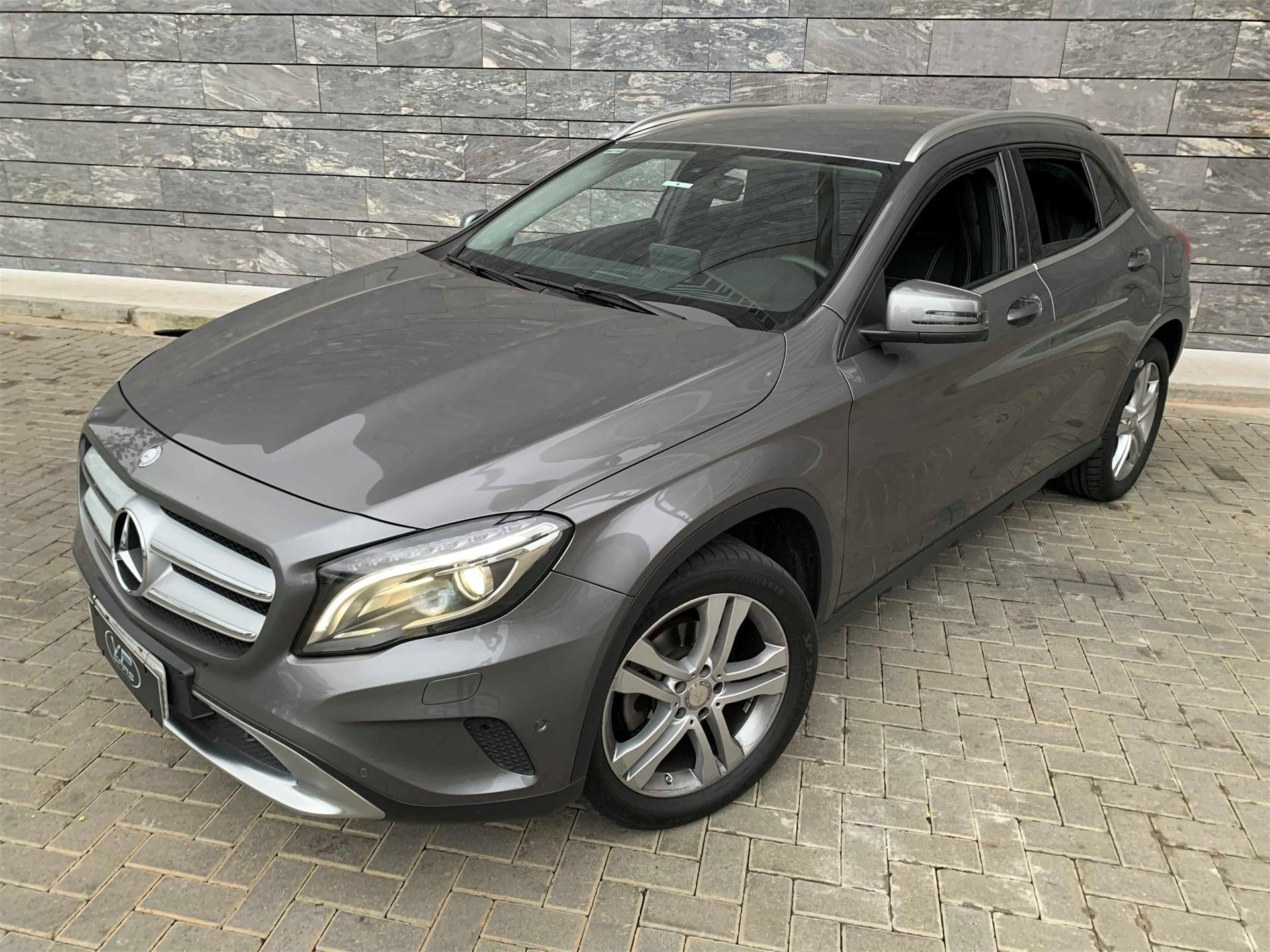 Mercedesbenz Gla 200 1.6 Cgi Advance 16v Turbo Flex 4p Automatico Wmimagem18031706915