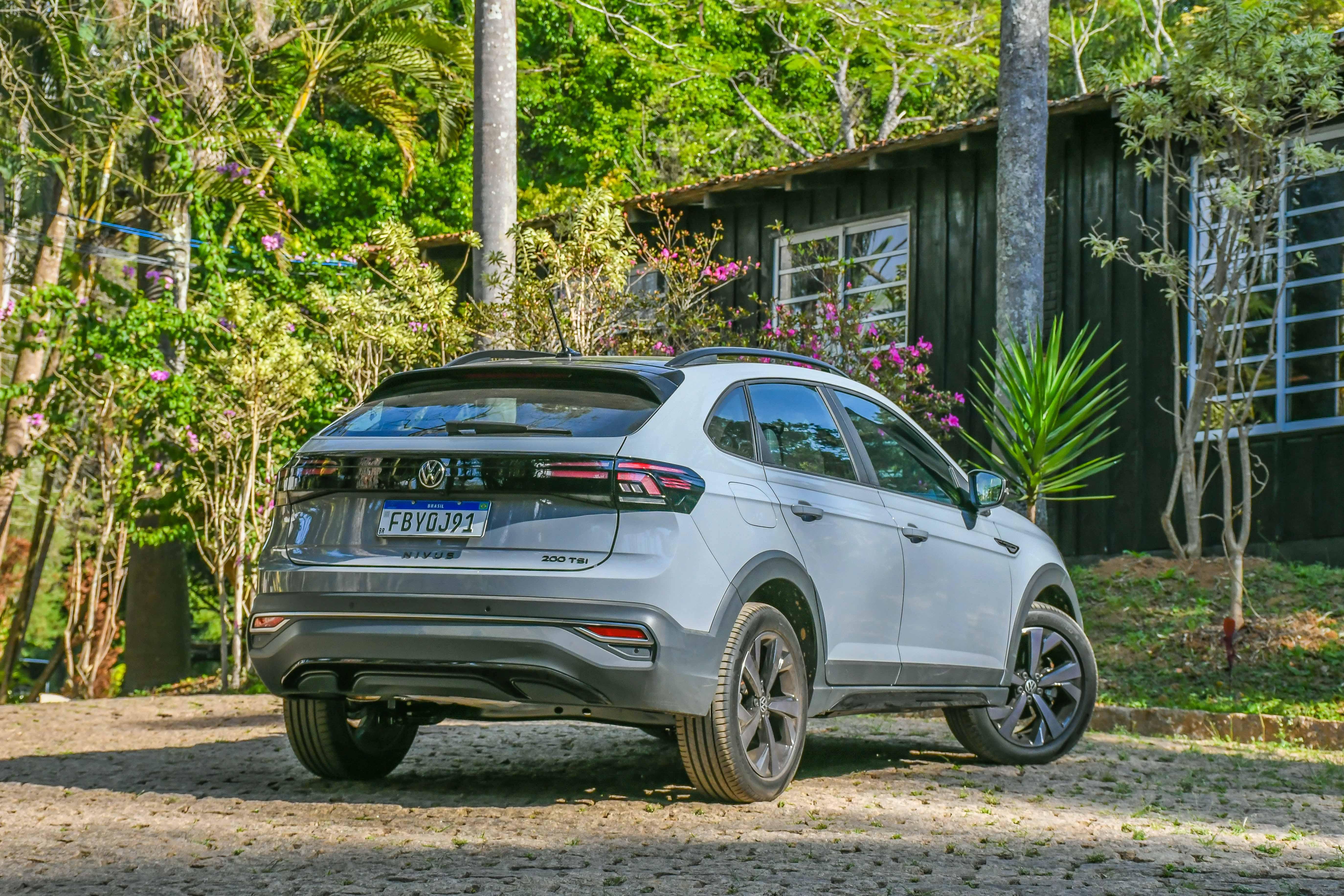 Volkswagen Nivus x T-Cross: embate familiar