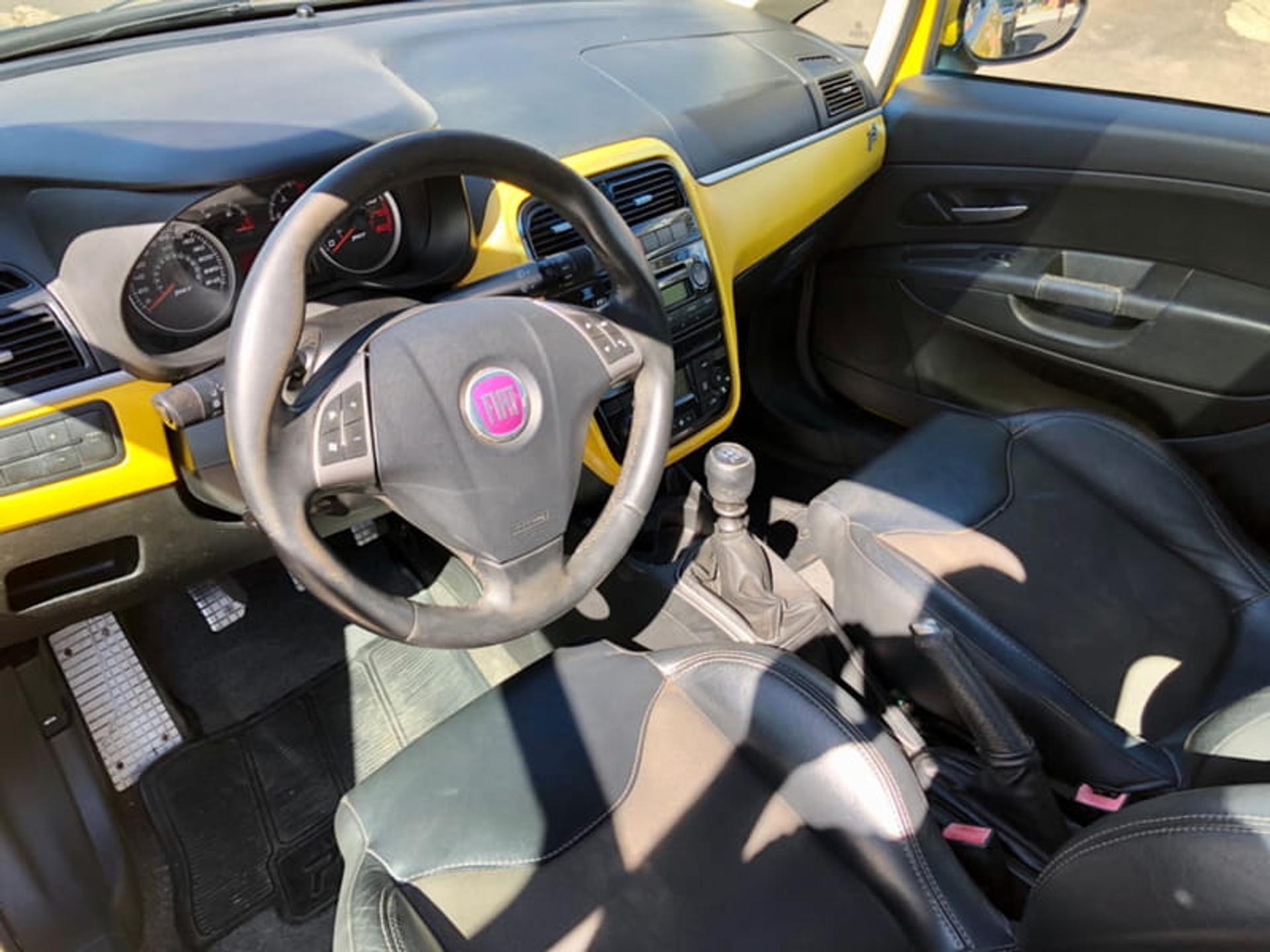 Fiat Punto 1.4 Mpi 16v Tjet Gasolina 4p Manual Wmimagem1429391471