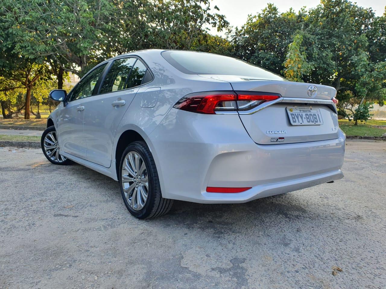 Comparativo Toyota Corolla Flex E Híbrido 9