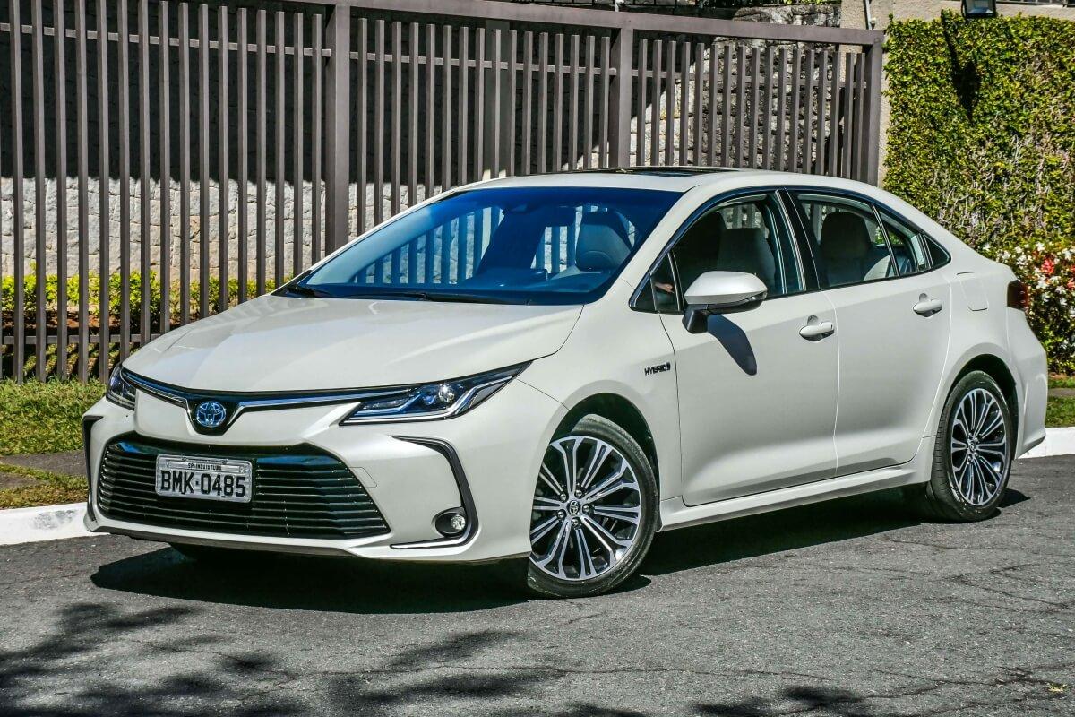 Toyota Corolla Altis Hybrid 5485