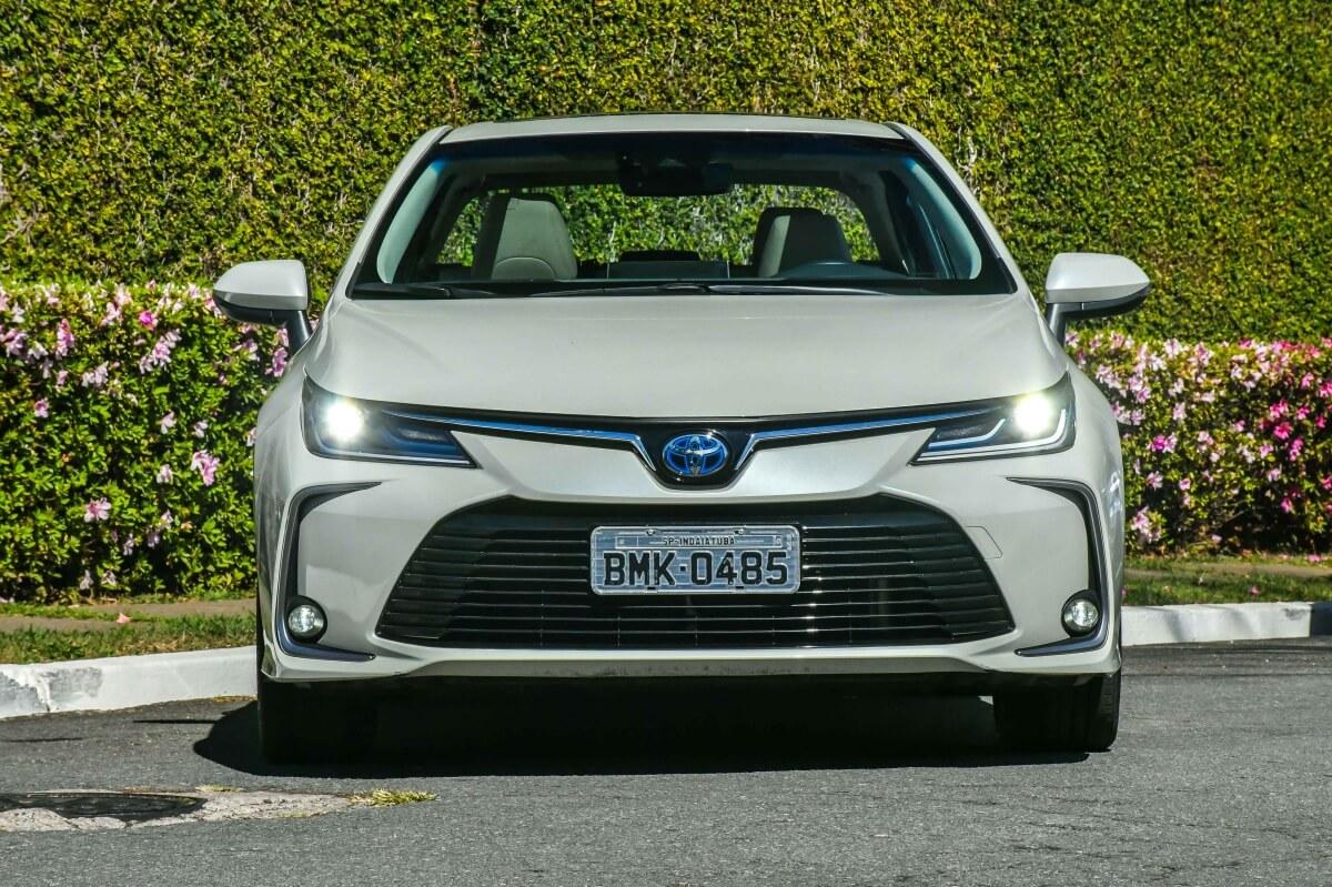 Toyota Corolla Altis Hybrid 5459