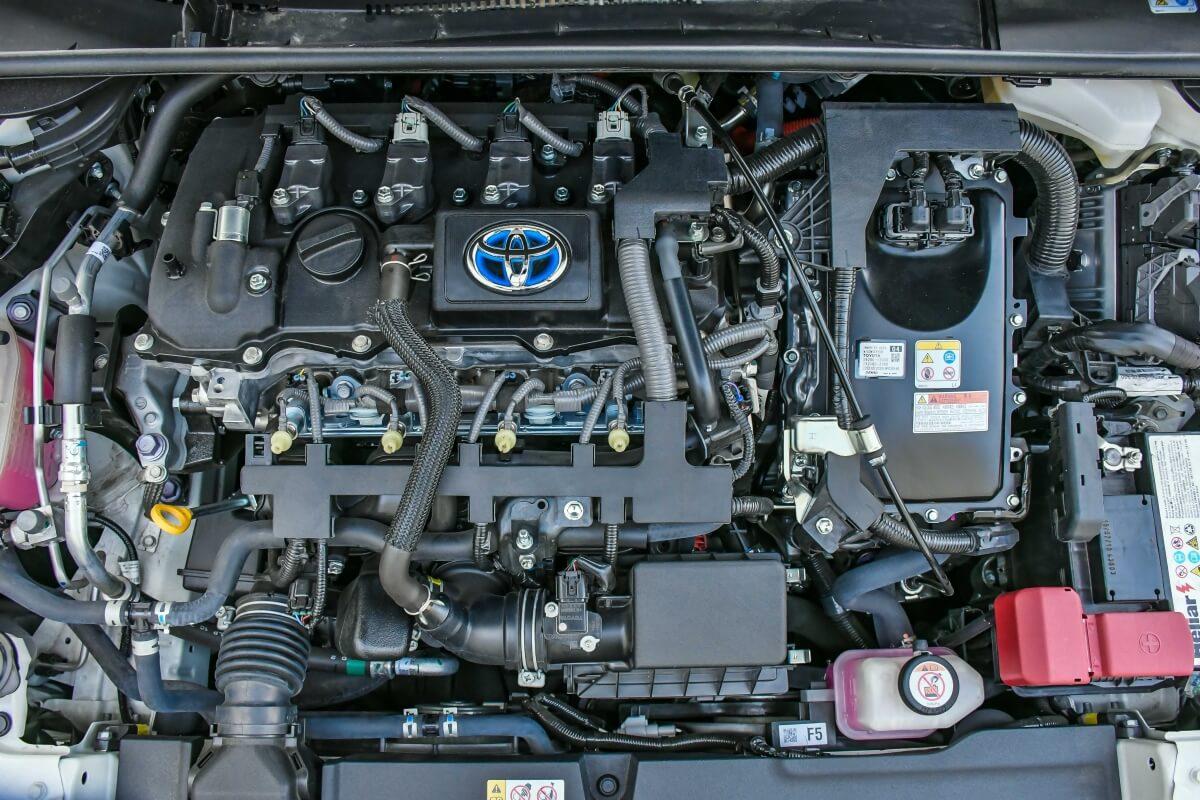 Toyota Corolla Altis Hybrid 5366
