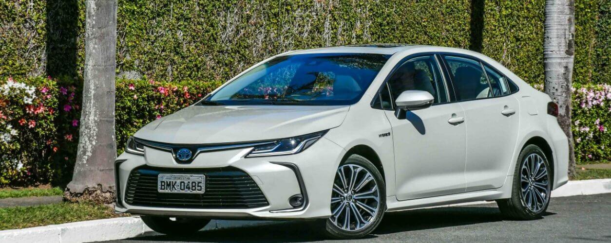 Toyota Corolla Altis Hybrid 5380