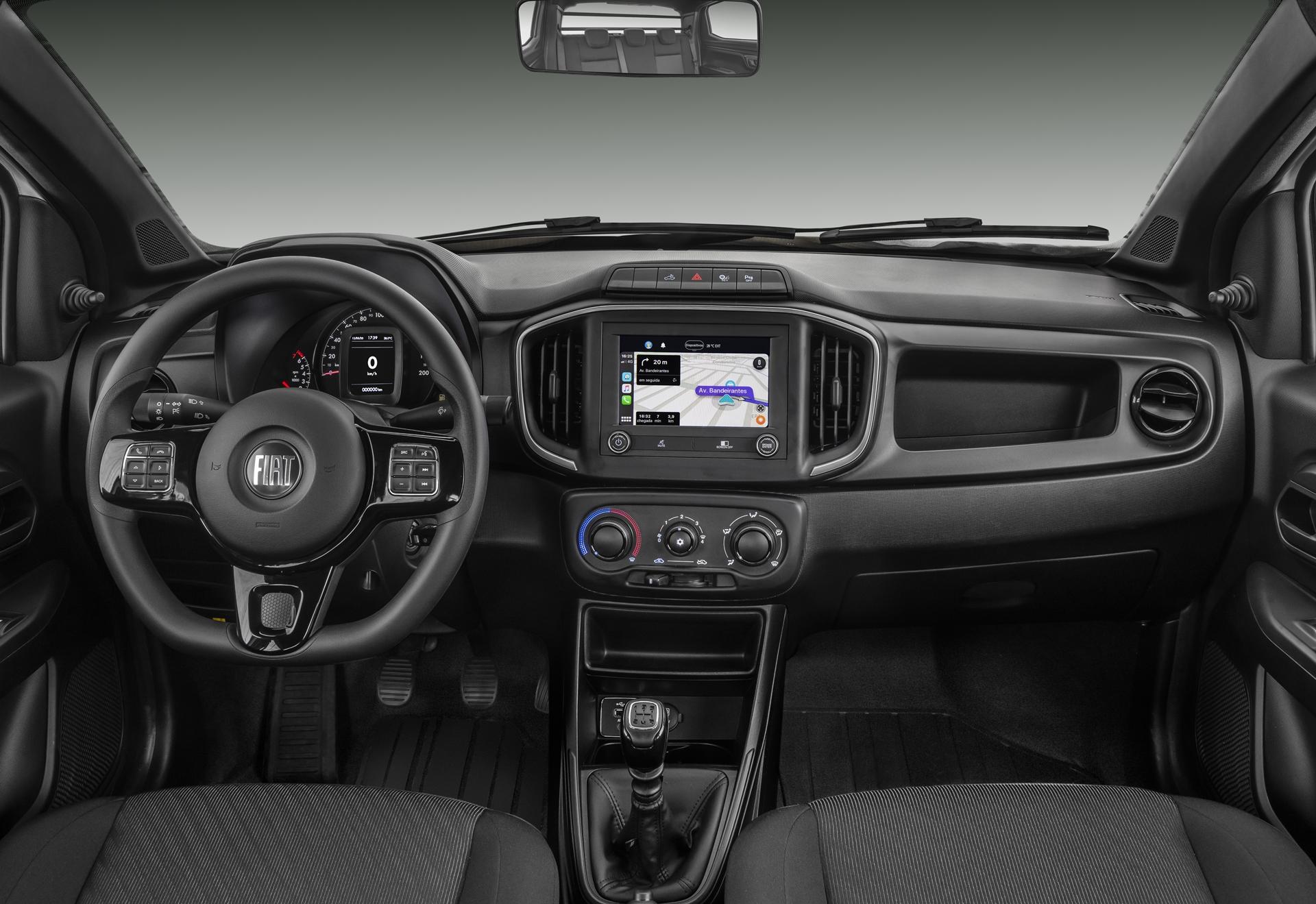 Fiat Strada Endurance 2020 só tem central multimídia Uconnect se for equipada com o opcional Tech