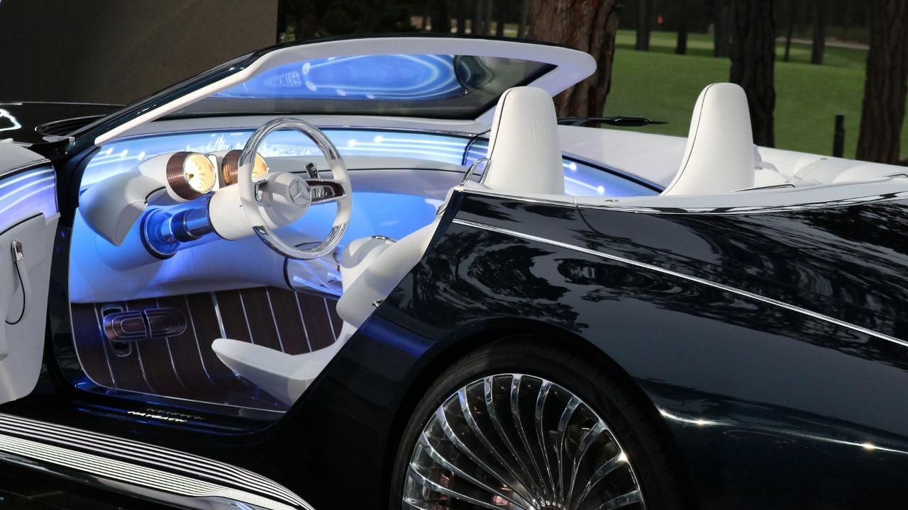 Drake Usa Dois Mercedes Conceitos Em Seu Novo Clipe 1