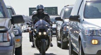 Vicio De Pilotagem Do Motociclista Brasileiro O Corredor