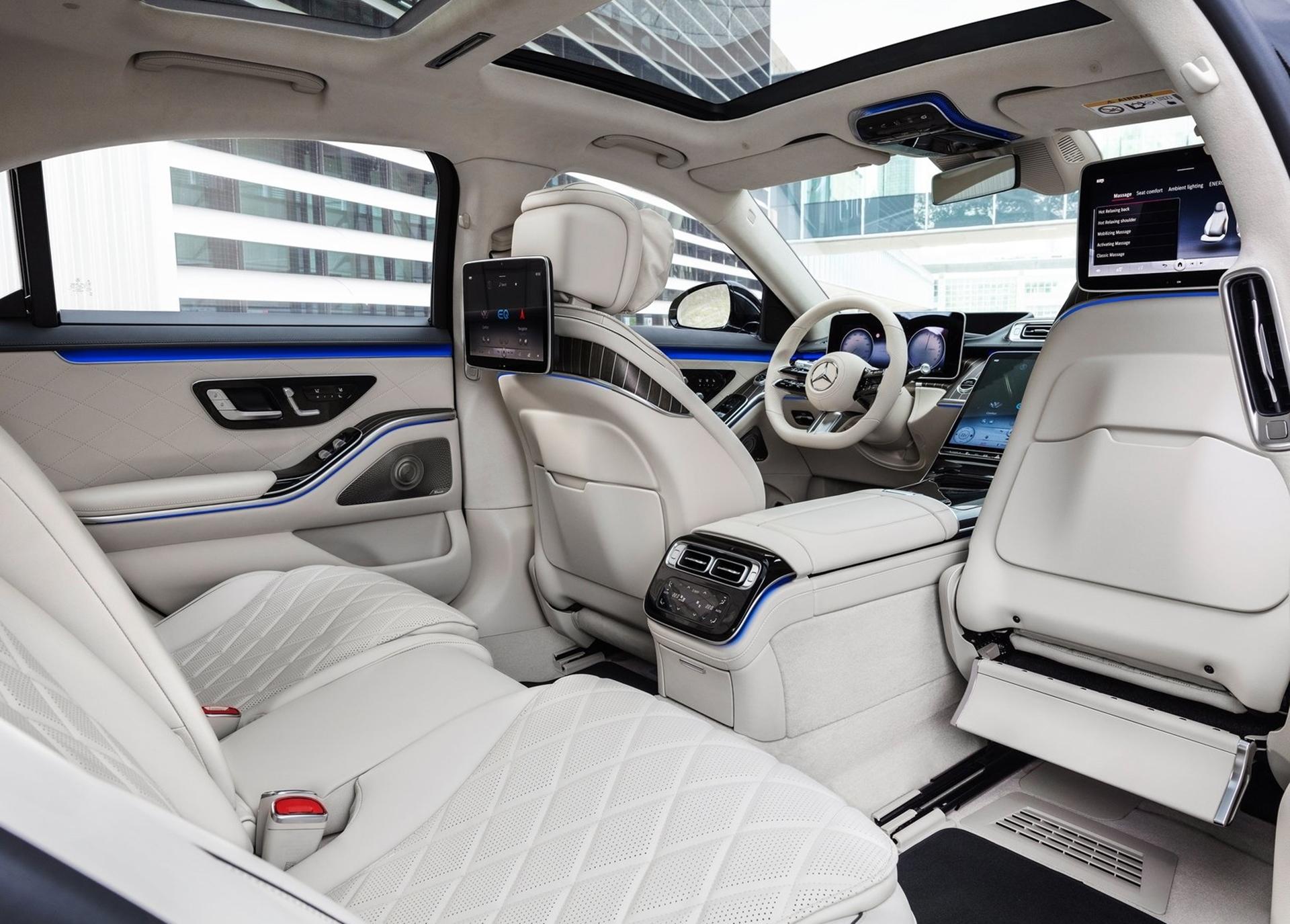 A maioria dos compradores do Mercedes-Benz Classe S utiliza o banco traseiro, não o do motorista