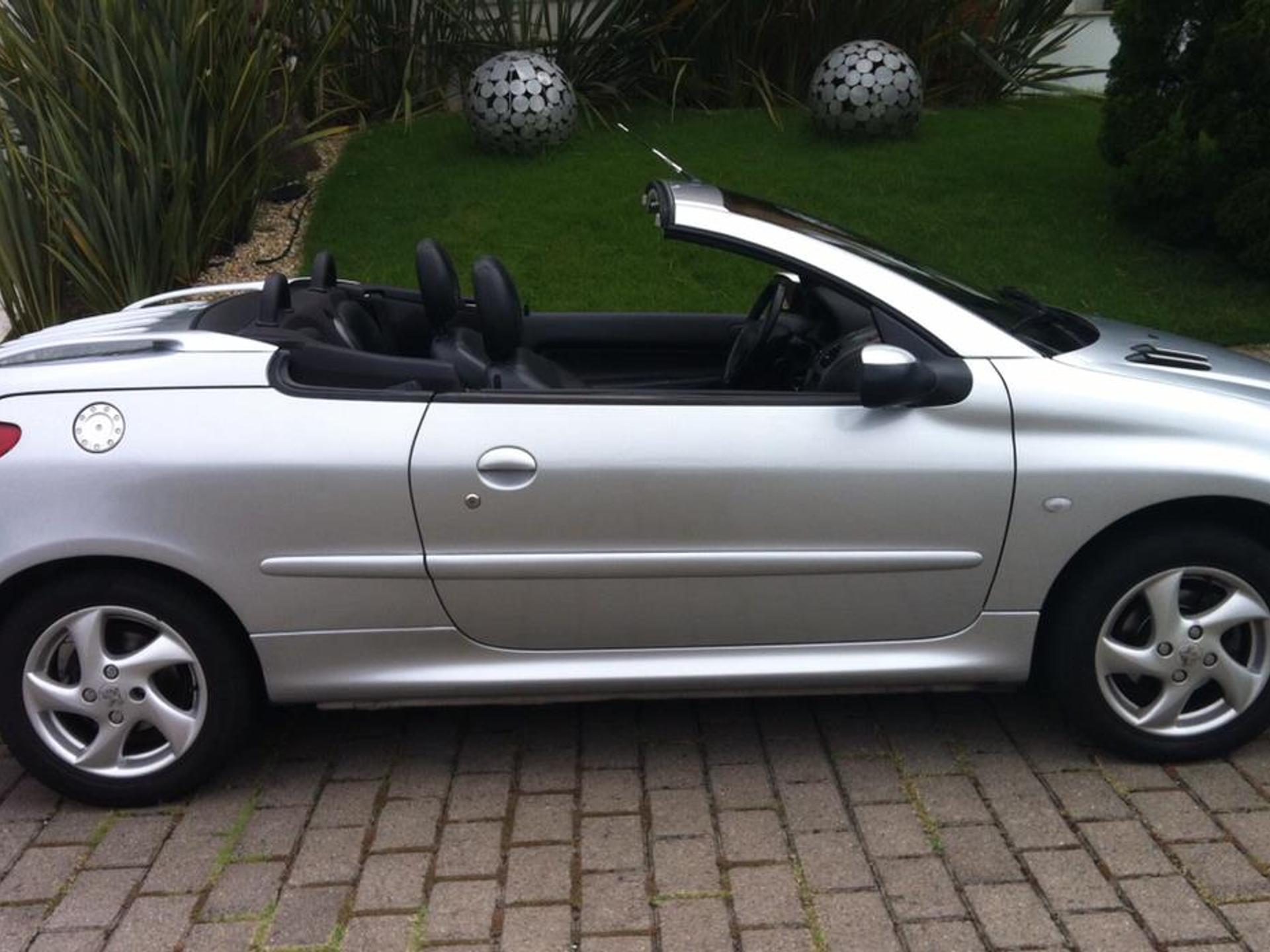Peugeot 206 1.6 Cc 16v Gasolina 2p Manual Wmimagem18255241826