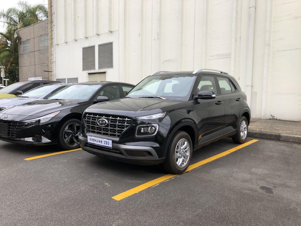 Hyundai Venue (1)
