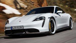 Porsche Taycan Turbo S 2020 1600 56