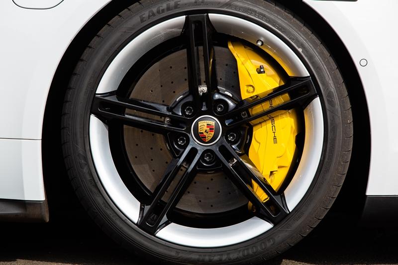 Freios Porsche Taycan Turbo S