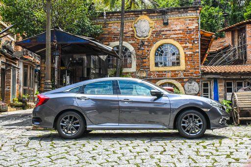 Honda Civic Touring 2021 6