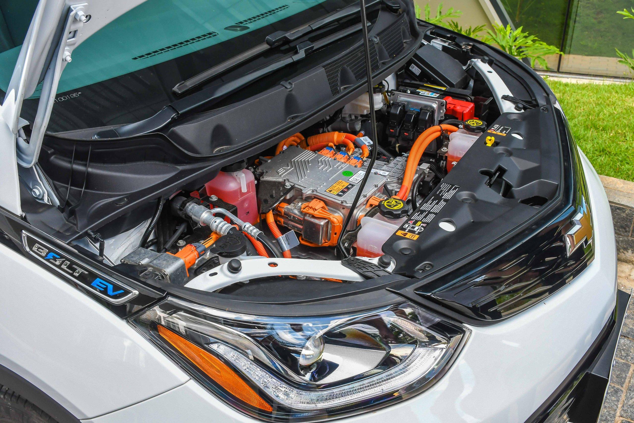 Bolt Motor
