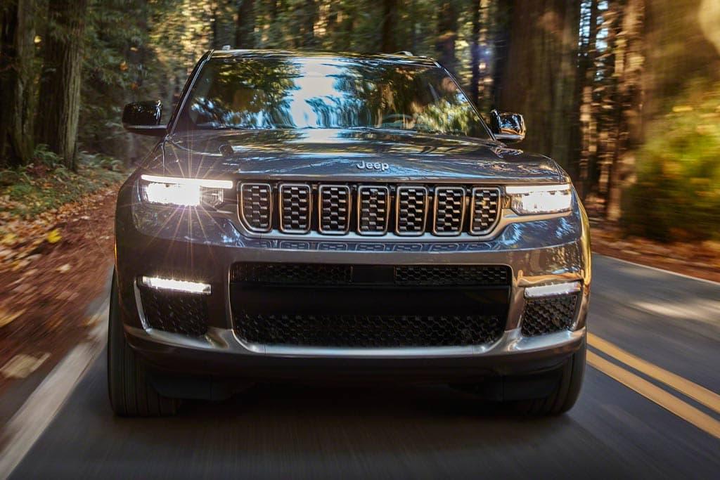 Jeep Grand Cherokee quinta geração 2021