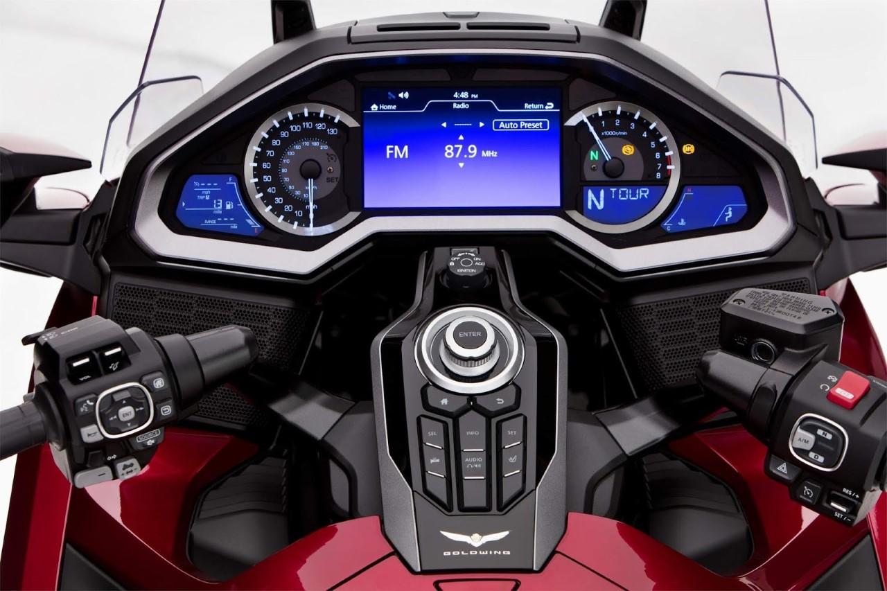 Thumbnail 7. Honda Gold Wing 2021