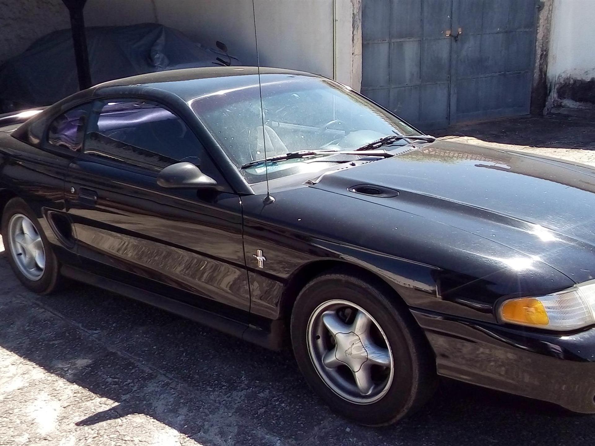Ford Mustang 3.8 V6 Gasolina 2p Automatico Wmimagem02501115166