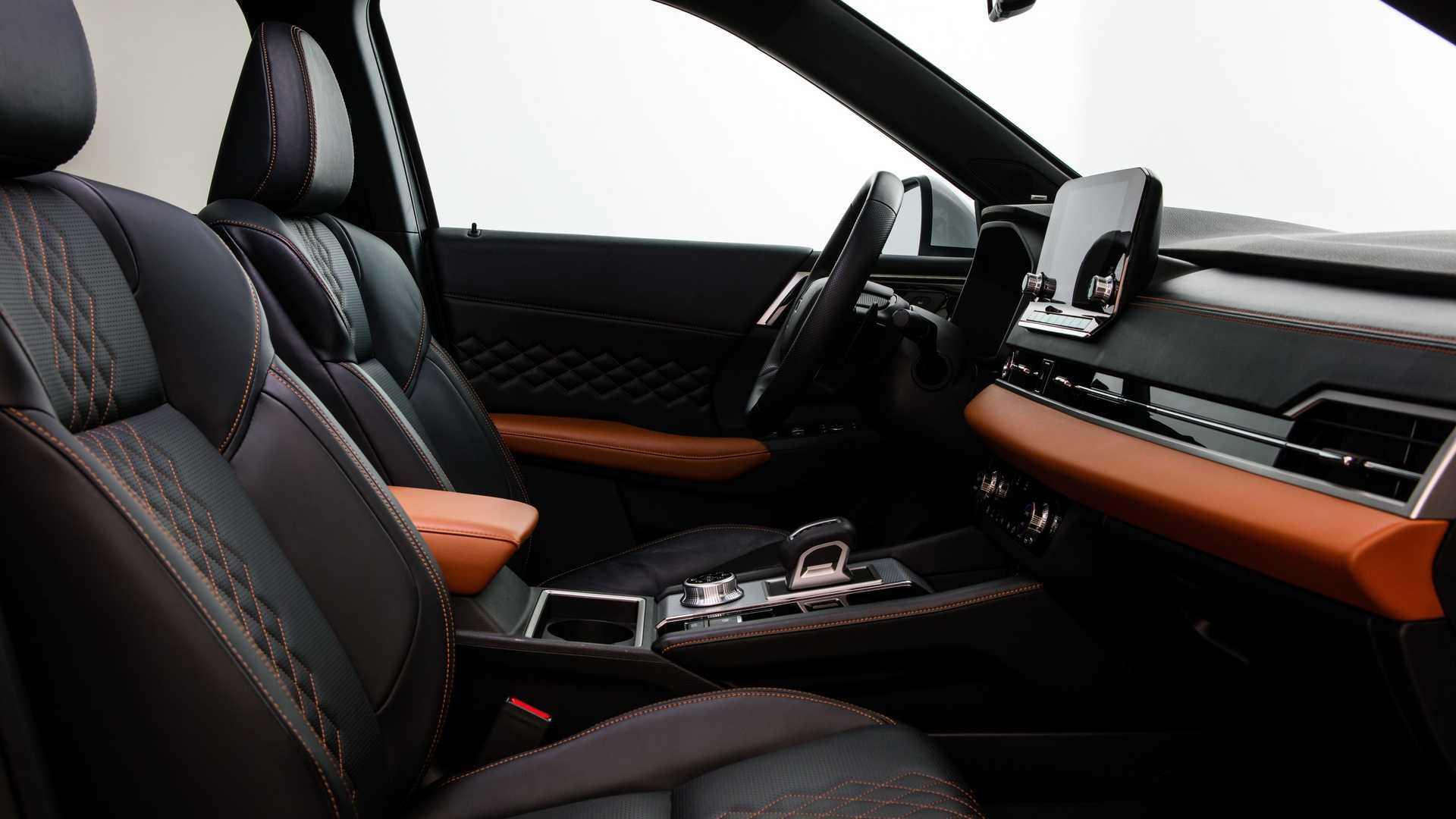 Novo Mitsubishi Outlander Interior