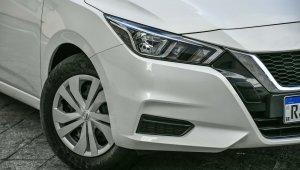 Nissan Versa Sense 7559