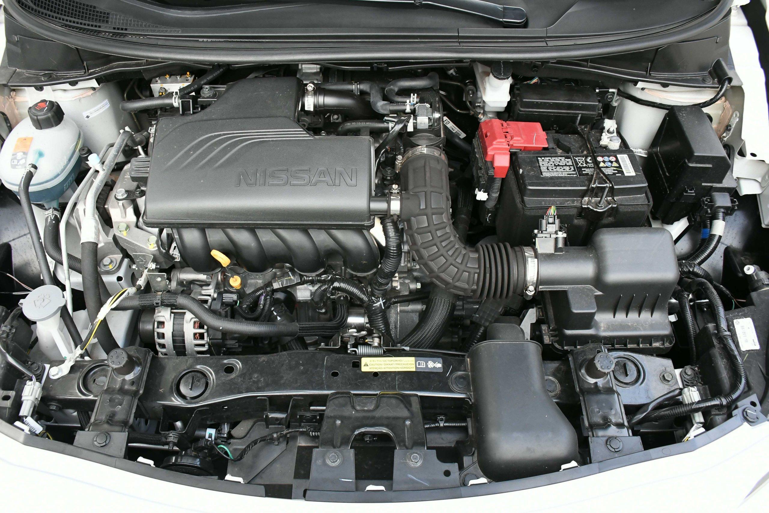 Nissan Versa Sense 7716