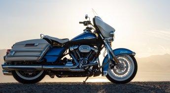 1. Harley Davidson Electra Glide Revival Foto Principal