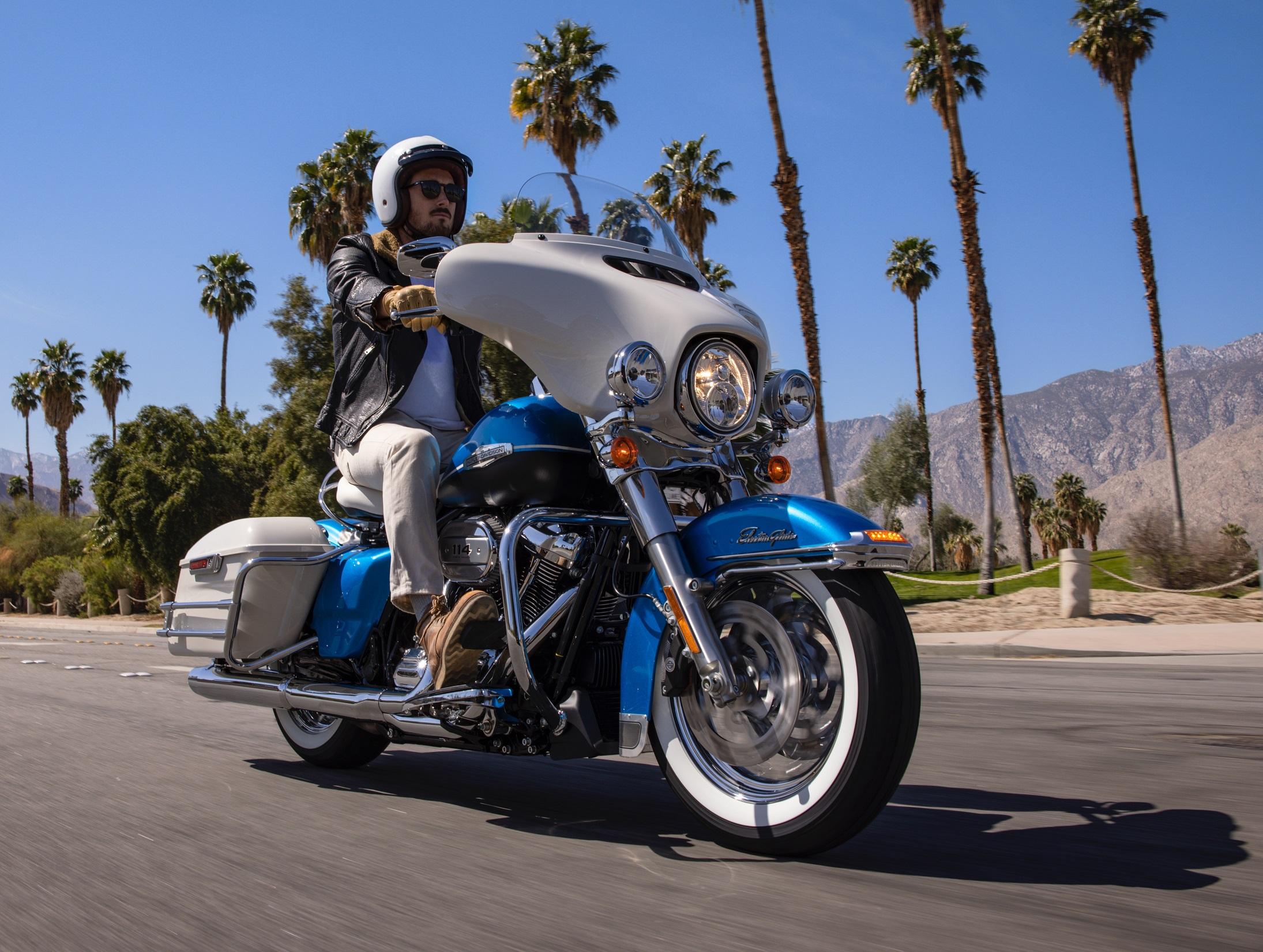 2. Harley Davidson Electra Glide Revival