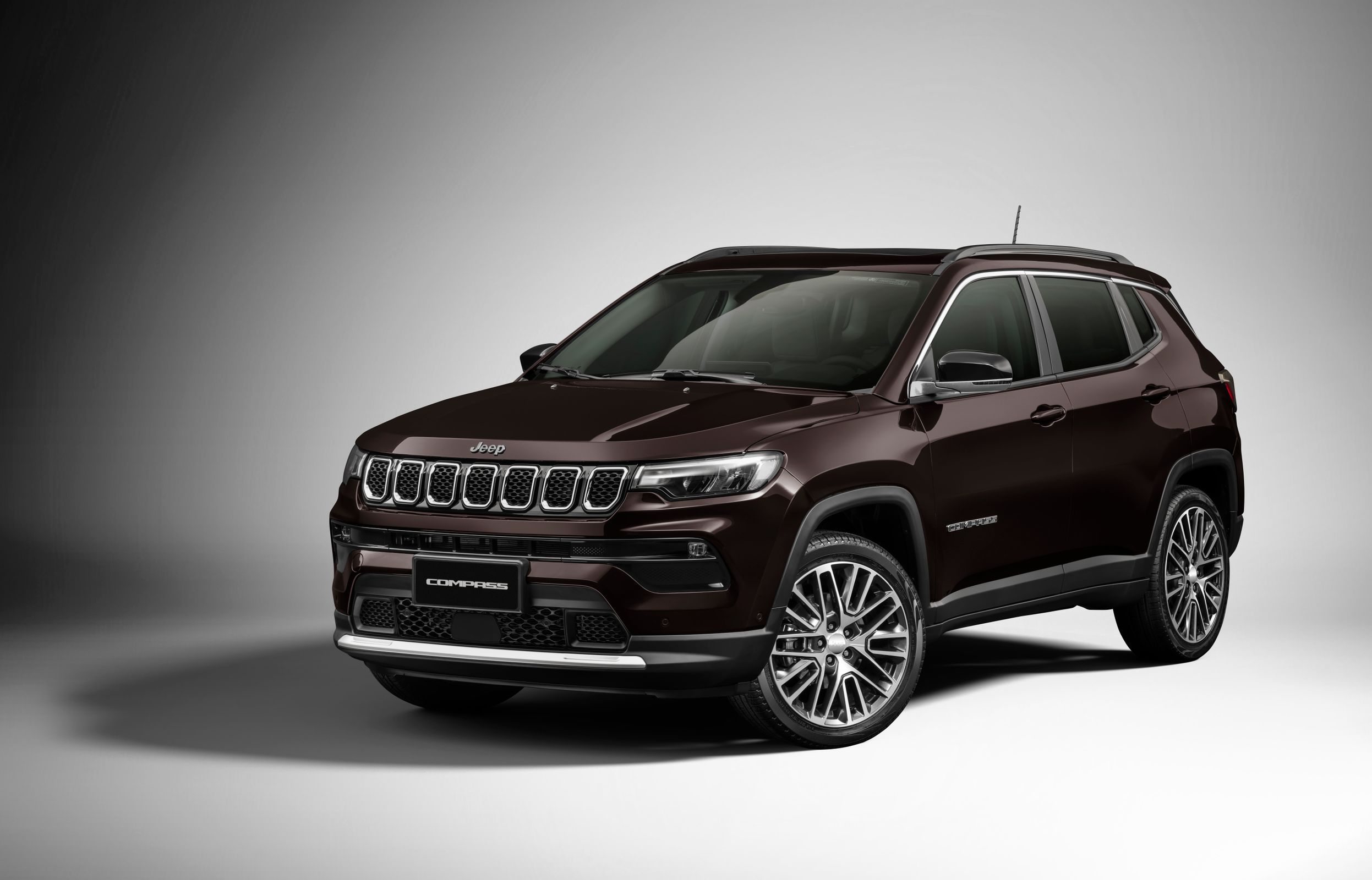 Jeep Compass 22 Limited (3)