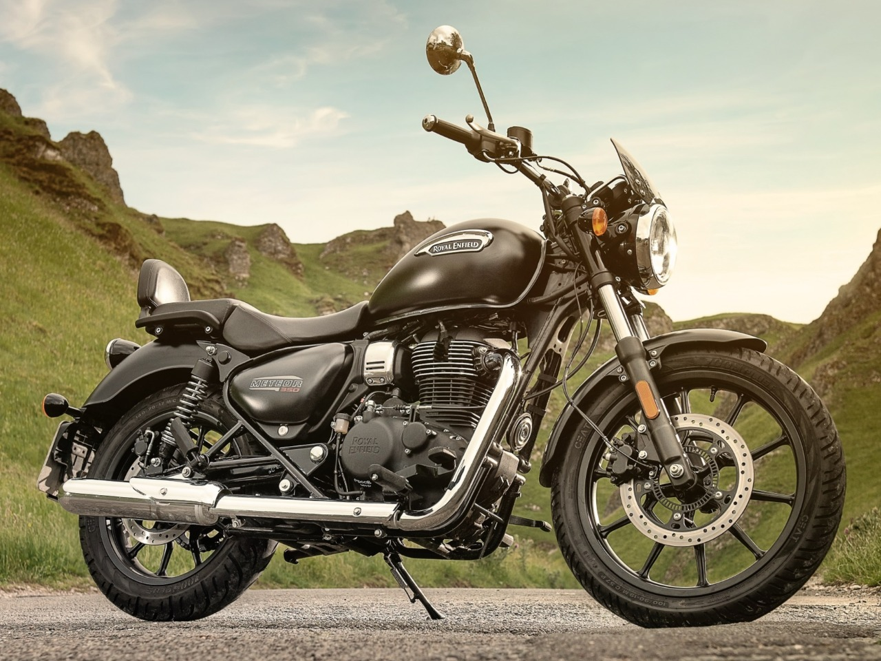 2. Royal Enfield Meteor