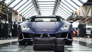 Lamborghini Fábrica E Kit De Malas