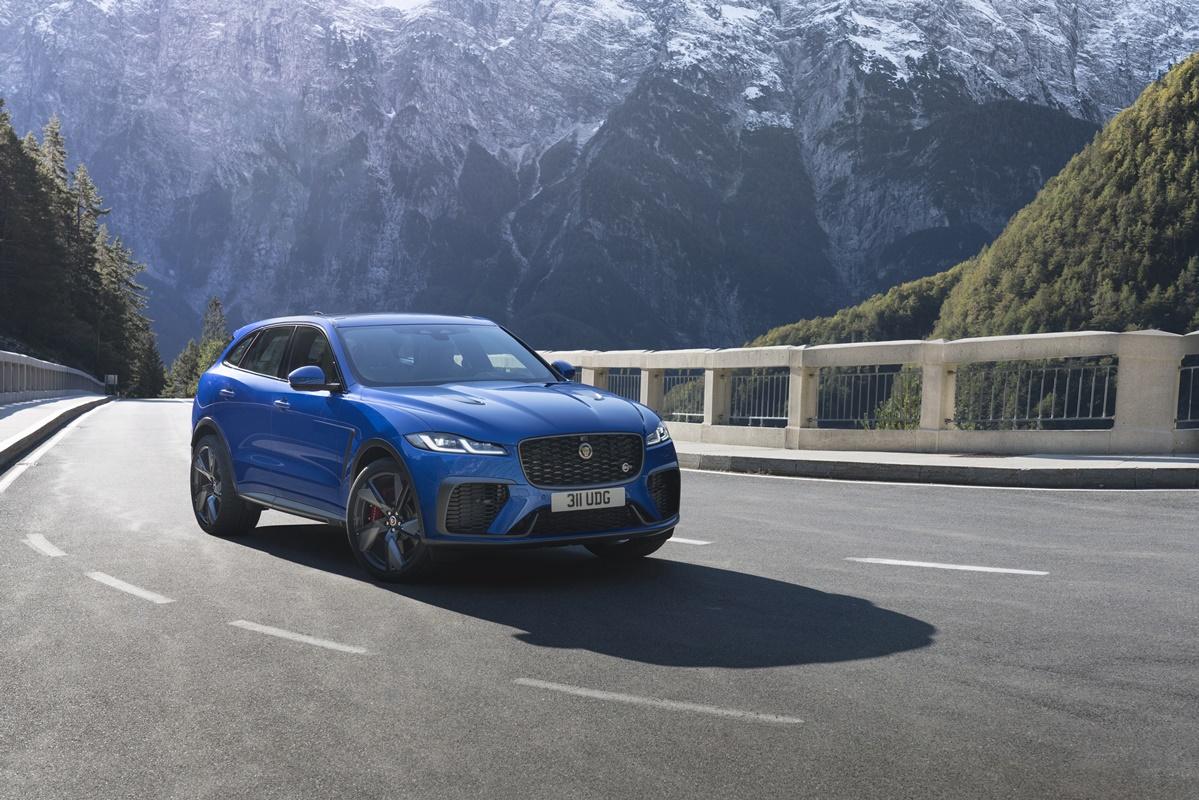 Jaguar F Pace Svr Velocity Blue Frente 3