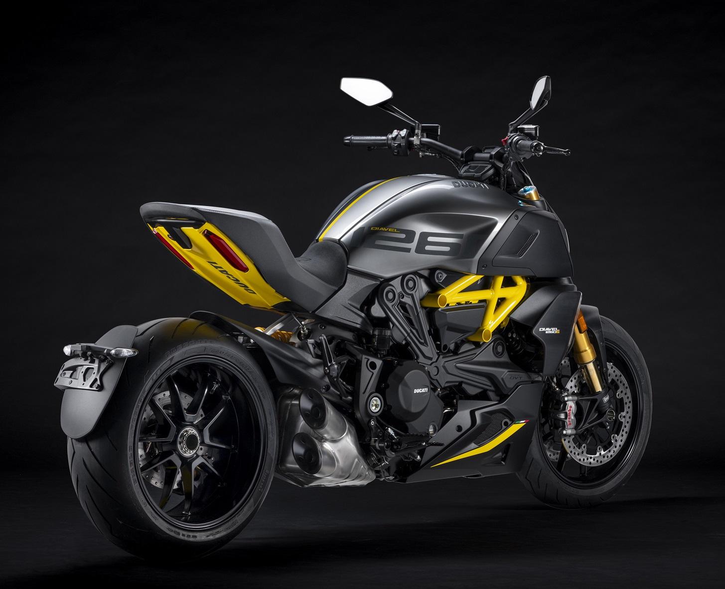 Ducati Diavel Black And Steel 3